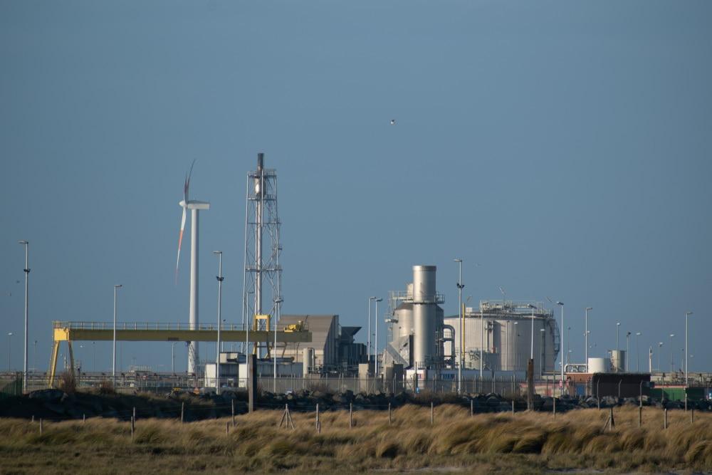 LNG-raffinaderij en -opslagplaats van Fluxys in de haven van Zeebrugge - Chateau Residenties